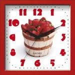 Часы настенные 23,5*23,5см пластик Клубника